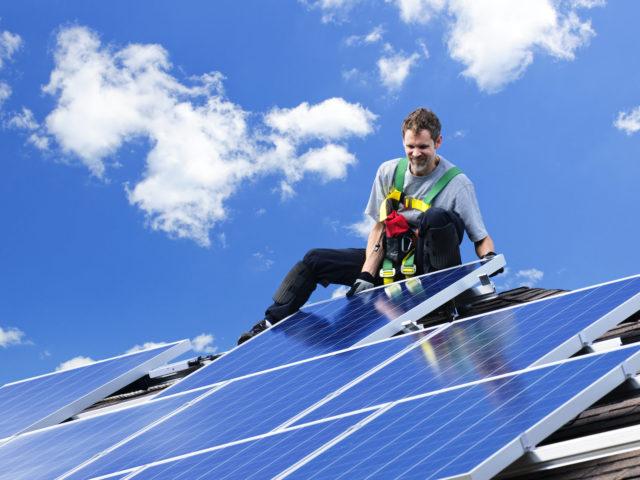https://www.skilledelectrical.co.nz/wp-content/uploads/2021/10/1732976_solar-panel-installation-640x480.jpg